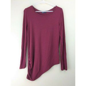 Gap size M dark red long sleeve top w/ slanted hem